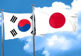 日本と韓国の国旗