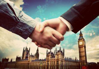 海外で仕事を探す人用、イギリスでの職場