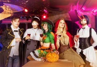 クラブでのハロウィンイベント