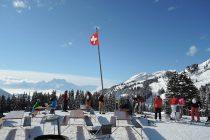 スイスの山小屋前の景色
