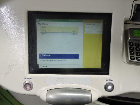 Screen of ticket‐vending machine of Metro, Paris