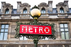 sign of Métro