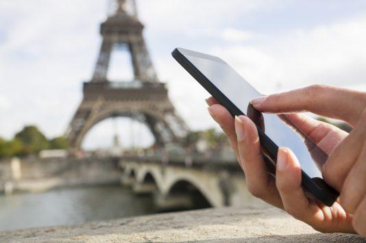 phone in paris