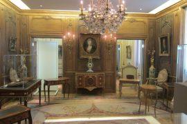 interior of MUSEE COGNACQ-JAY, paris