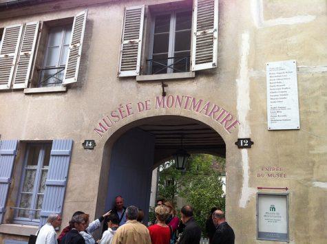 entrance of Musee de Montmartre in paris