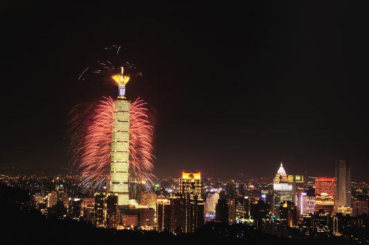 台北101のカウントダウン花火