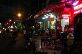 Bui Vien Street & De Tham Street
