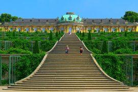 ポツダムとベルリンの宮殿群と公園群