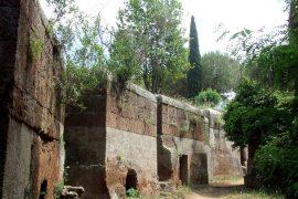チェルヴェーテリとタルクイーニアのエトルリア墓地遺跡群