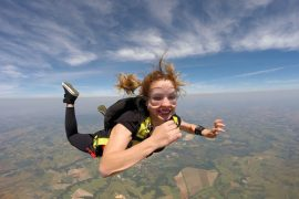 gua-skydiving