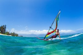 haw-wind-surfing