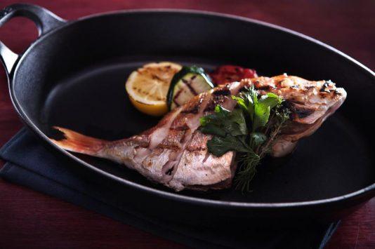 D&C Bistroの魚料理