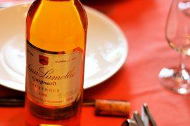 Famous food in Bordeaux