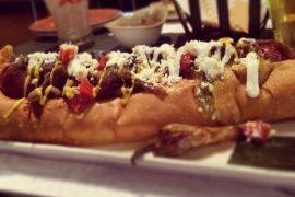 ホットドッグは全米で親しまれている料理で、ラスベガスでも人気のメニュー