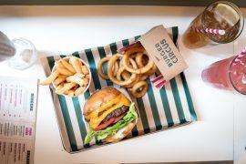 香港Burger Circusの料理