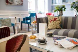 ロンドンのカフェドローイング