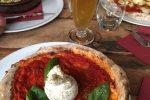 イタリアフィレンツェSimbiosi Organic Pizzaの料理