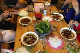 ベトナムハノイBun Cha Taの料理
