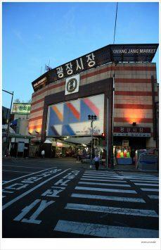 韓国ソウルカンジャン市場の外観