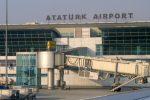 アタチュルク国際空港の地下に、お手軽なコンビニのようなショッピング場所がある