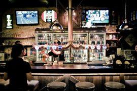 タイバンコクBREW Beers&Cidersの店内