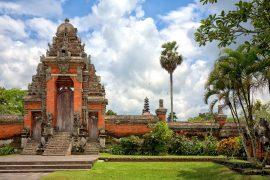 バリで2番目に大きなタマンアユン寺院