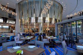 タイバンコクRiver Barge Restaurantの店内