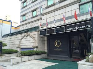 韓国ソウルのThe California Hotel Gangnamの外観