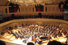 シンフォニーセンター内部、シカゴ交響楽団演奏