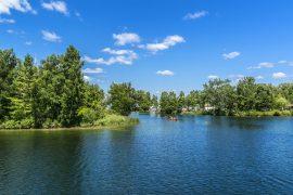 オンタリオ湖の小島