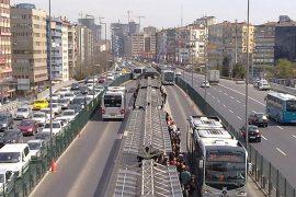 イスタンブールのメトロビュス