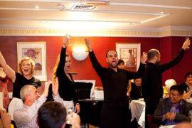ベルカントレストランでは食事とともにオペラも楽しめる