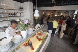 アムステルダムのレストランモンド・メディテルラーニョの内観