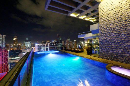 マニラのホテルの夜景